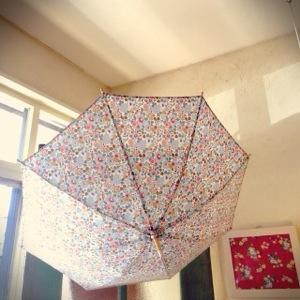 リバティの日傘